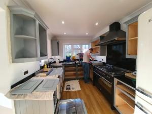 Kitchen_mid_70